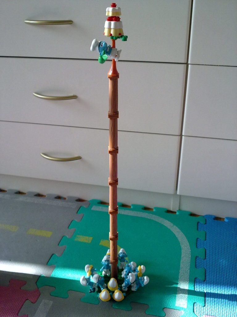Mega Bloks - Puffi Albero della cuccagna - Smurf Greasy pole