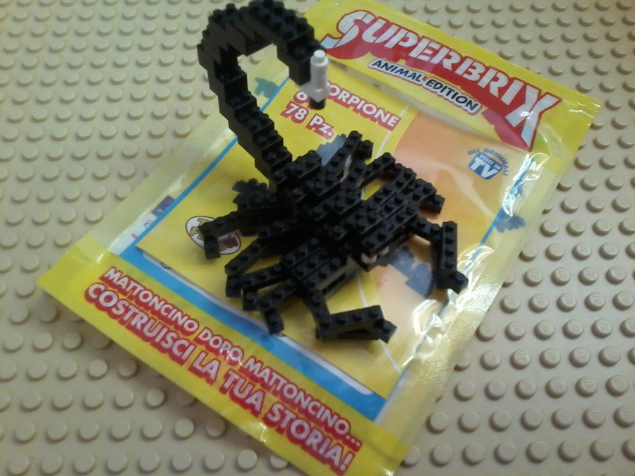Superbrix Scorpione Scorpio So small pieces.made with really very good quality!
