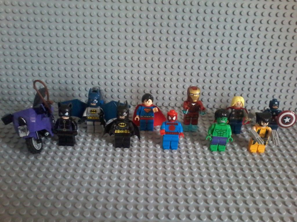 Lego Marvel Super Heroes BATMAN SUPERMAN IRONMAN THOR MR.AMERICA CATWOMAN BATMAN SPIDERMAN HULK VOLVERINE