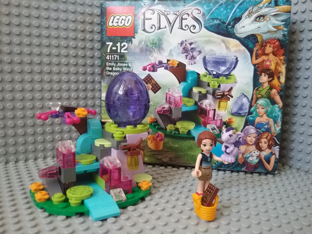 Lego Elves 41171 - Fledge Emily Jones with the little wind dragon